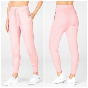 NWT Fabletics Daria Jogger Pearl Pink Sweatpants M